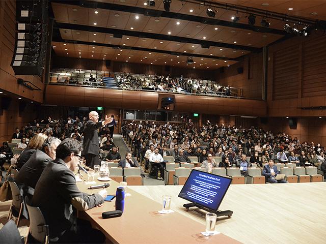 Seminario CEDE, facultad de economía