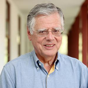 Urrutia, Miguel